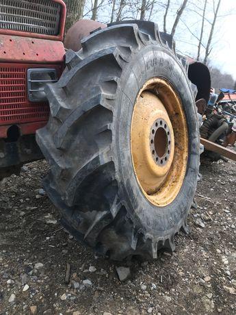 Vand cauciuc +janta tractor noua