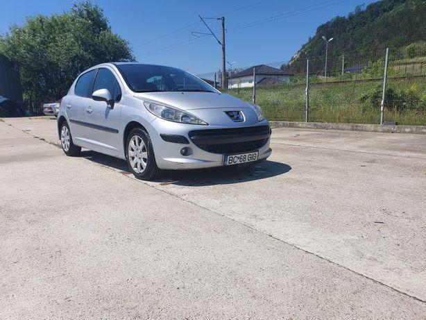 Peugeot 207 An 2008