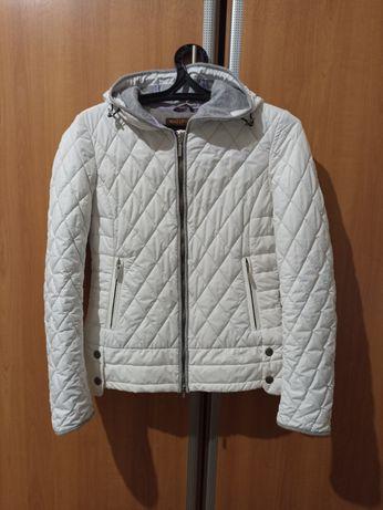 Куртка демисезонная 44размер