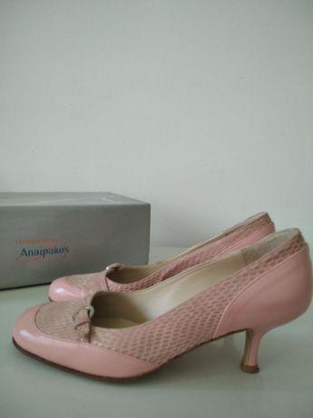 Дамски обувки размер 37