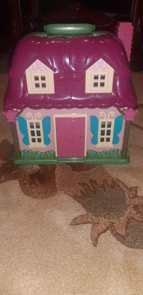 Детска къща + семейство мишки
