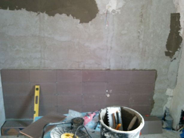 Reparati ,zugraveli Amenajari interioare