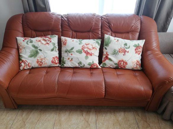 Триместен диван от еко кожа