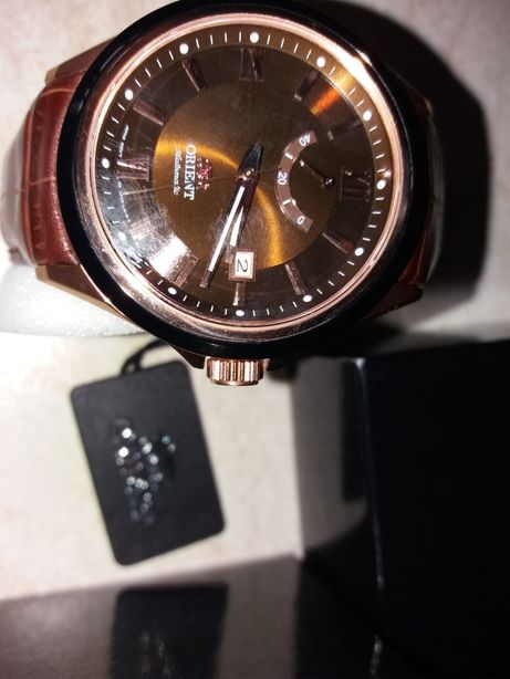 Vînd ceas ORIENT,nou,automatic,sticlă safir-cristal,walter rezist 100m