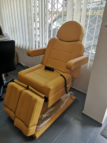 Стол за педикюр с 3 мотора