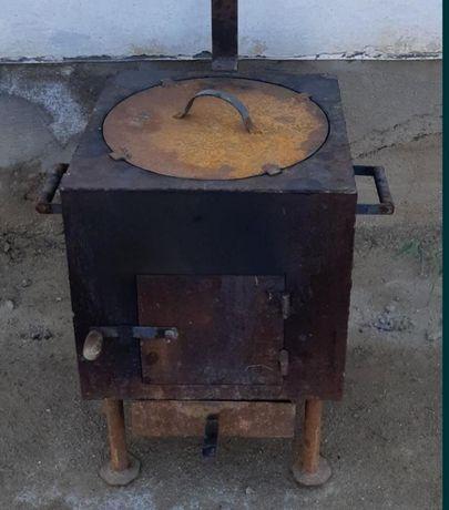 Продается печь с казаном(12л)