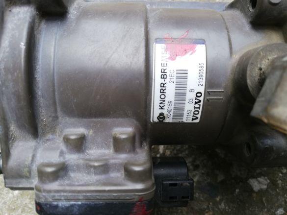 Volvo fh knorr bremse k040159 спирачен кран