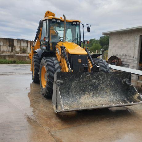 Inchiriez buldoexcavator jcb 4cx
