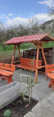 Balansoare, mese, bănci și scaune din lemn masiv