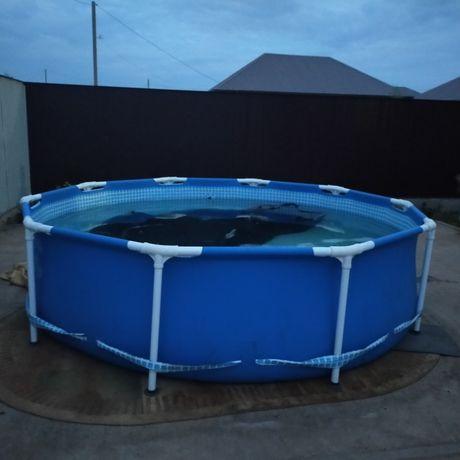 Продам каркасный  бассейн Intex