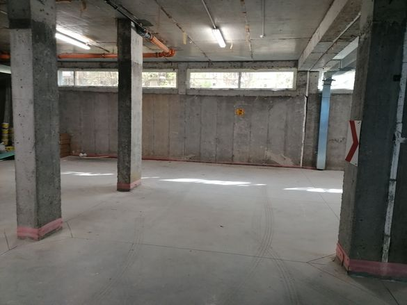 Паркомясто в подземен гараж срещу МОЛ Пловдив