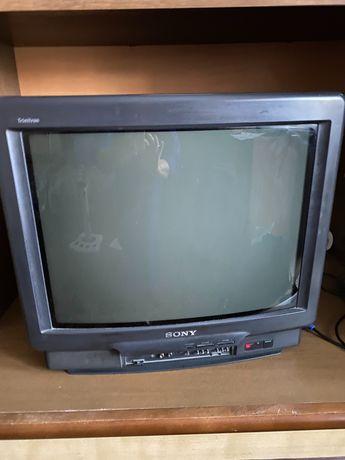 Телевизор Сони работещ