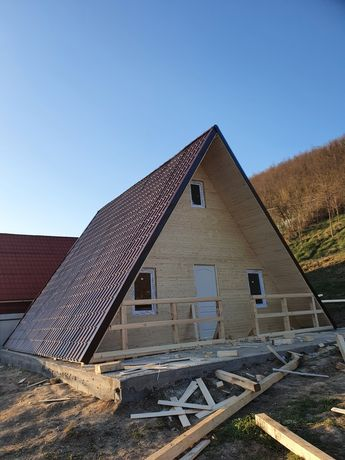 Vand case și cabane din lemn masiv la cele mai bune oferte disponibile