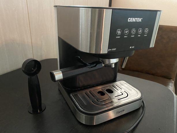 Продаю кофеварку