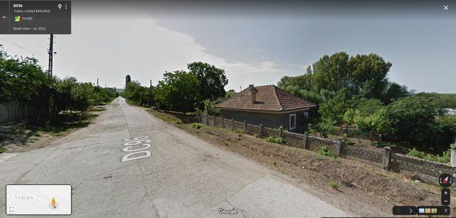 Vand casa in satul Traian, oras Vanju Mare, Mehedinti, pret 35.000 lei