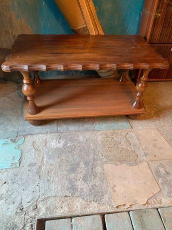 Продам стол из натурального дерева