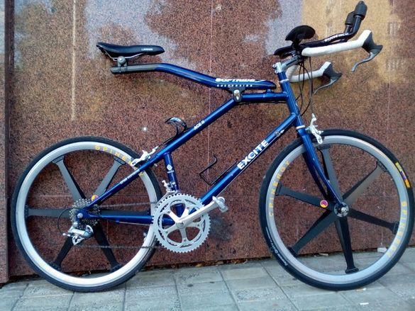 Шосеен състезателен велосипед