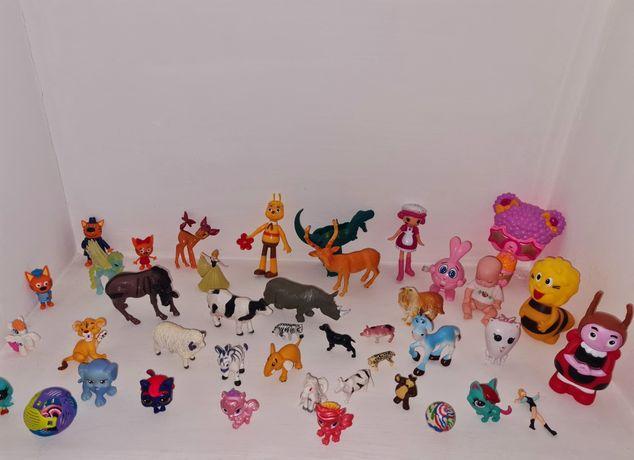 Продам детские игрушки животные
