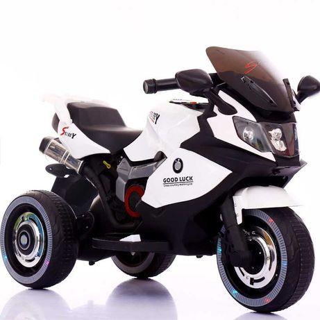 Детский мотоцикл с надувными колесами. Электромобиль
