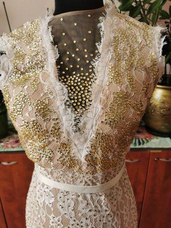 Продам шикарное вечернее платье с кристалами Сваровски