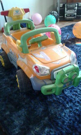 Продам детский электромобиль в хорошем состоянии