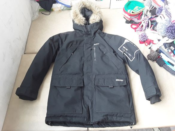 249 PEAK PERFORMACE GORE TEX S M пухено яке ски снуборд парка жжк