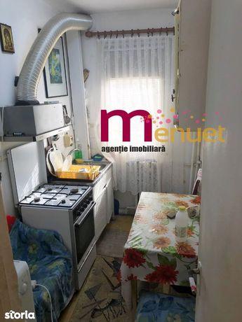 apartament 3 camere, str.Eternitatii