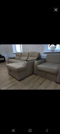 Продаеться уголок диван и кресло Германия