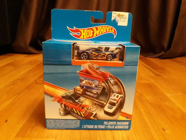 Hot Wheels - Set - masinuță, pistă, traseu NOU SIGILAT