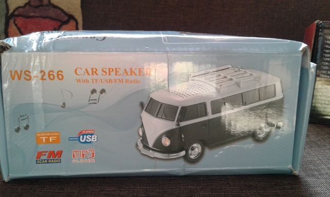 Car Speaker (masina cu muzica si lumina) USB,Mp3 si Radio