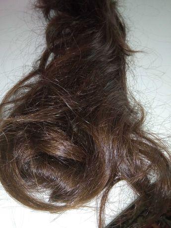 Срочно продам натуральные волосы.цена всего  10000.