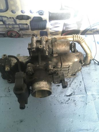 Galerie de admisie TOYOTA AVENSIS 2.2 Diesel 2003-2008