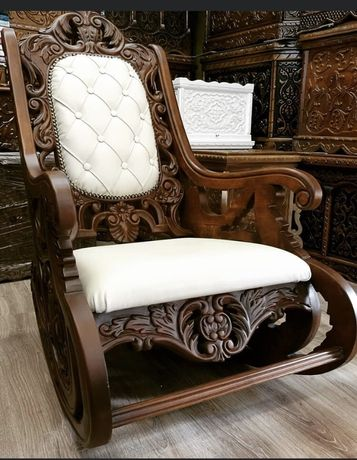 Кралски люлеещ стол