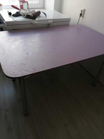 Продам кухонной стол