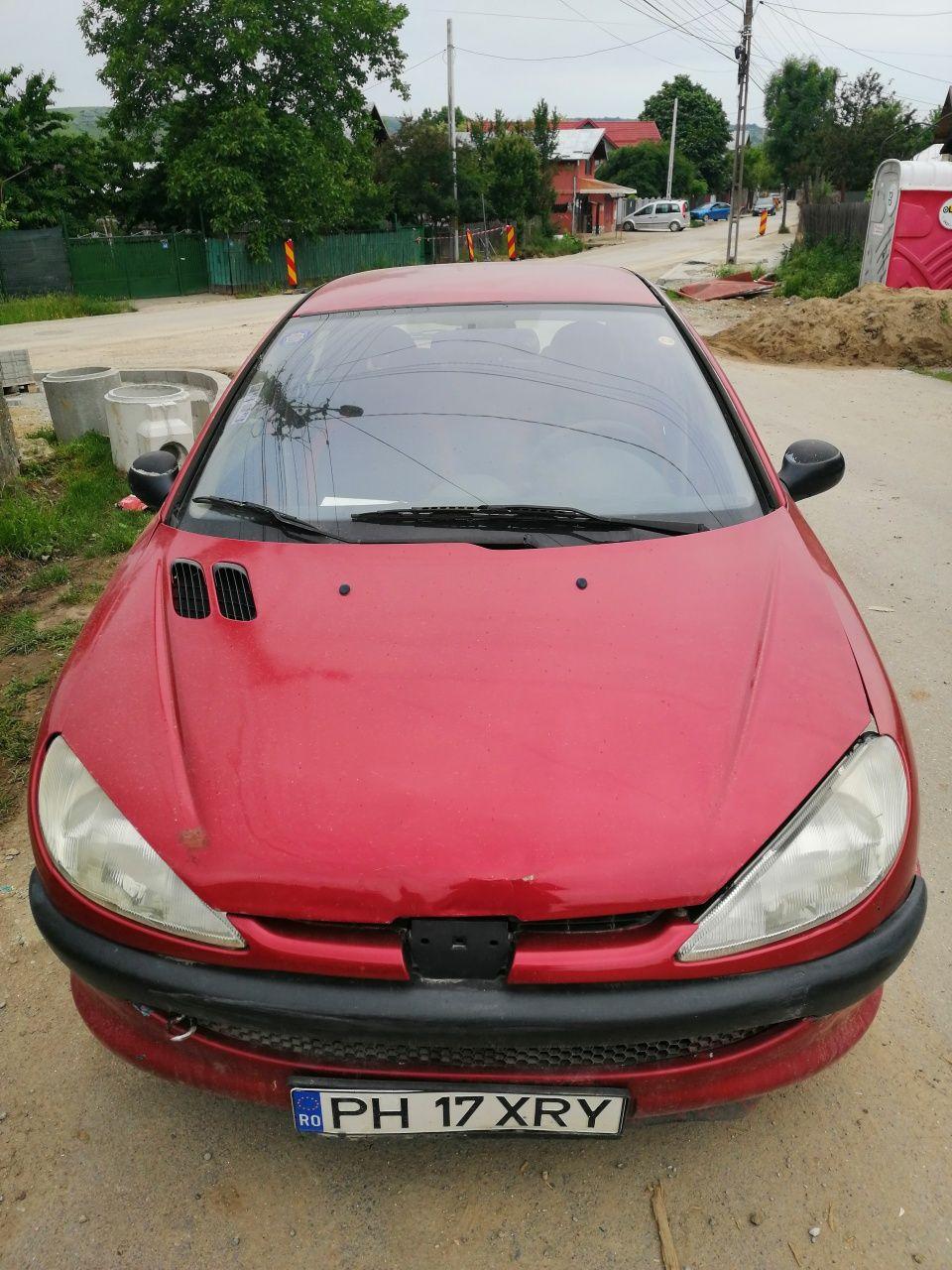 Dezmembrez Peugeot 206 1.6 16v