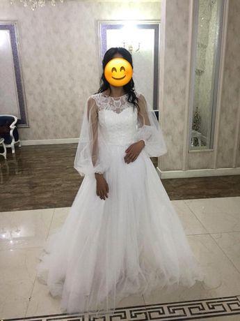 Платье на узату, на выпускной