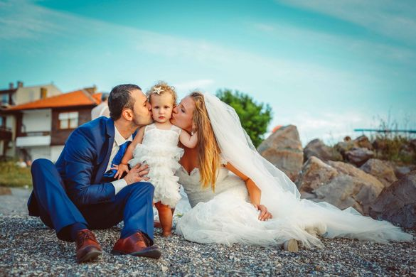 Сватбен фотограф, видеозаснемане и дрон от Студио Скайвю, цени