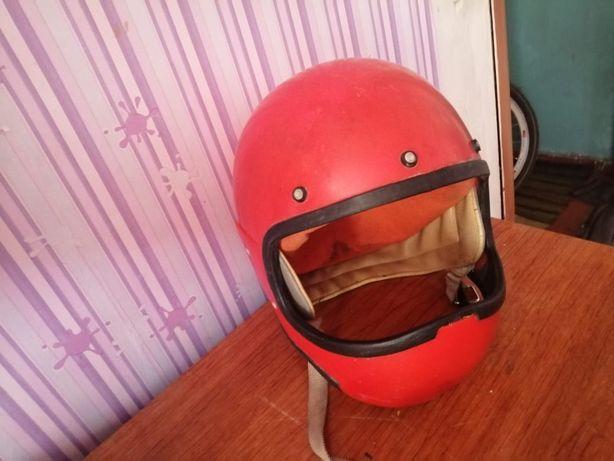Срочно продам  шлема