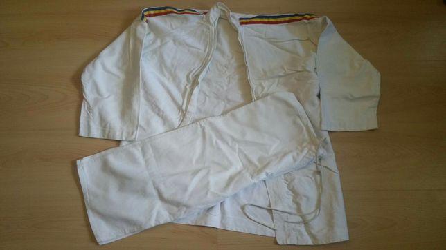 Kimono - costum - karate - judo - taekwondo