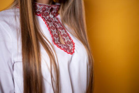 Фолклорна риза дамска-40 лв