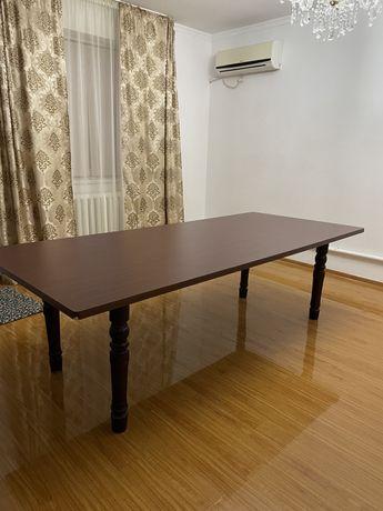 Срочно продается стол!
